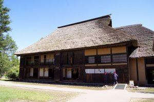 鳴瀬川河畔の家